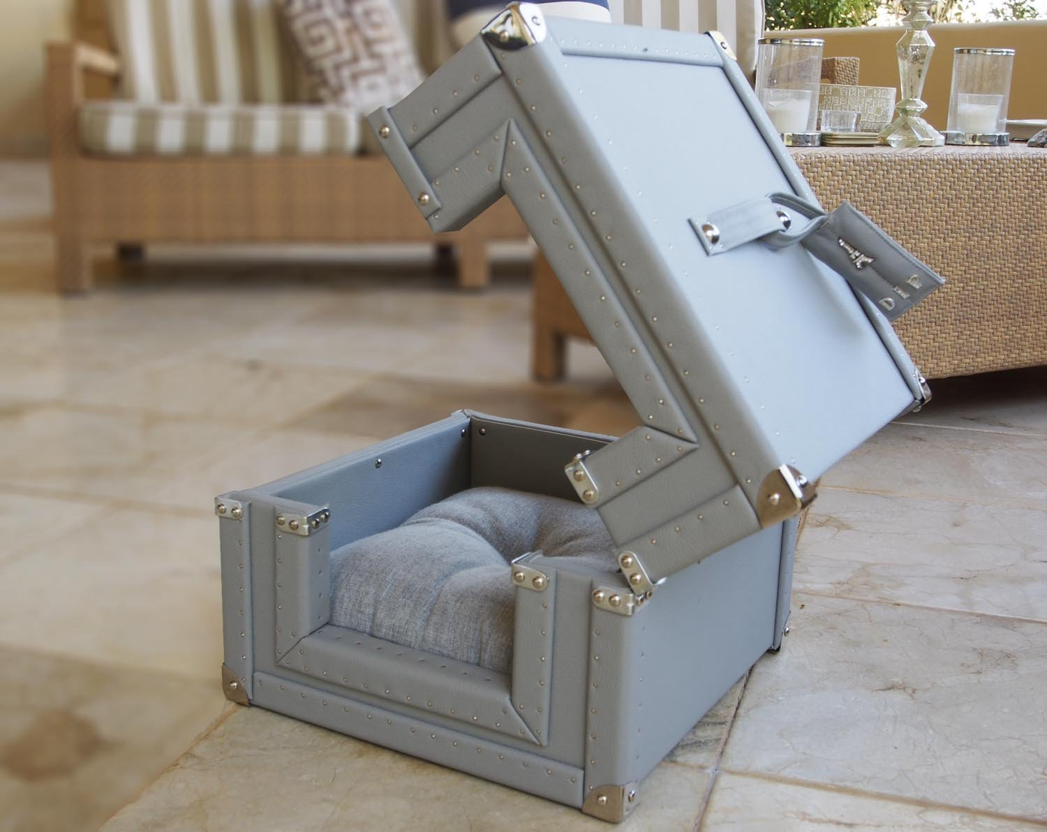 Dog or Cat bed, House for your pet!