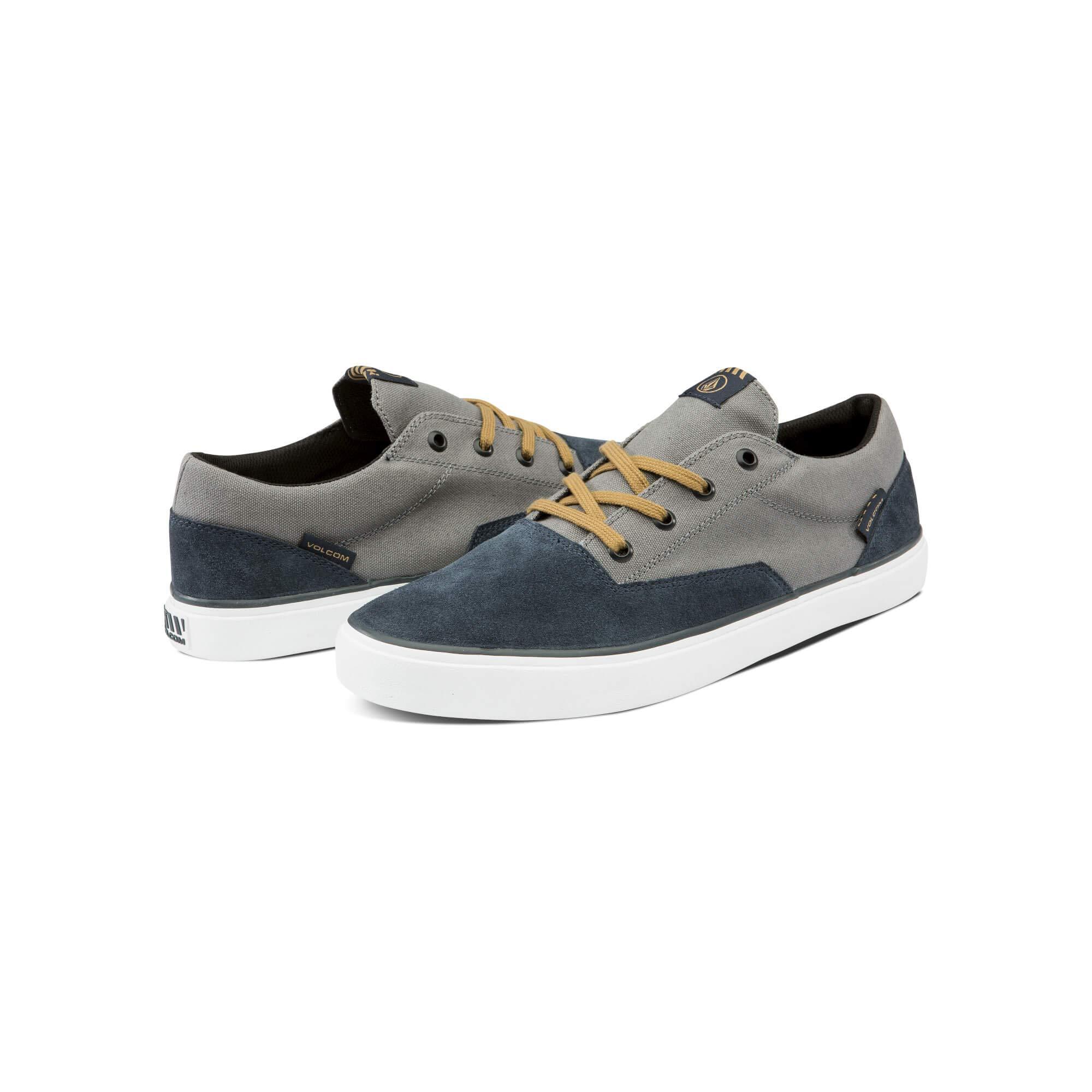 Volcom Mens Draw Lo Suede Shoe Skate
