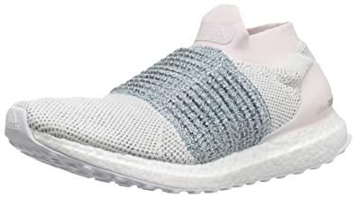 e59fd3b8c097b Amazon.com  adidas Women s Ultraboost Laceless  Shoes