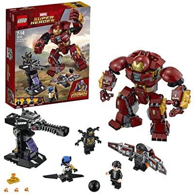 LEGO 76104 Marvel Avengers The Hulkbuster Smash-Up, Bruce Banner, Falcon, Proxima Midnight & Outrider, Wakanda Defence Playset: Toys & Games