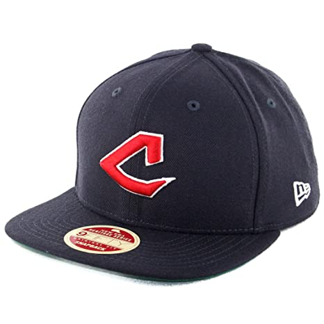 Amazon.com   New Era 950 Cleveland Indians Original Vintage Snapback ... 3aee2f02363