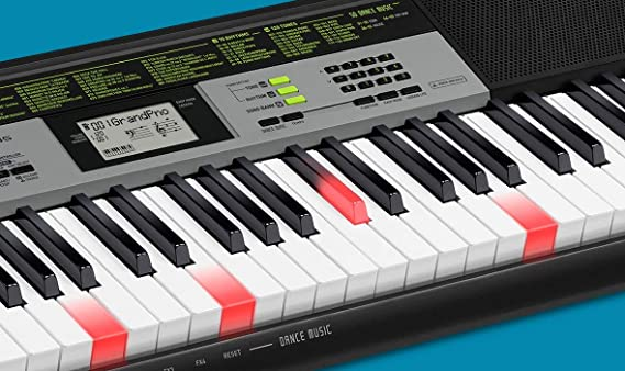 Amazon.com: Casio 61 Lighted Key Keyboard with Stand LK-135ST: Musical Instruments