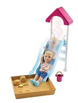 Barbie Famille Skipper Baby Sitter Figurine Enfant Avec Aire De