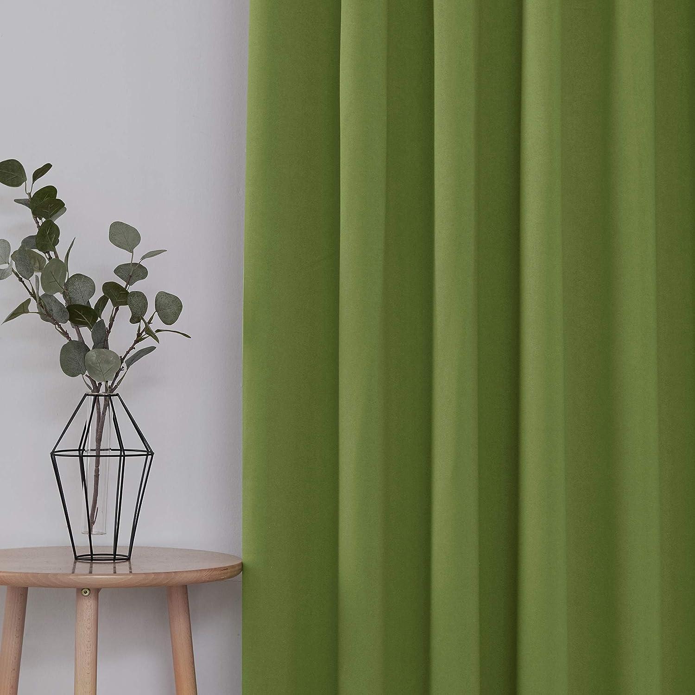Essentials Tende 2 Pezzi Oscuranti Termiche Isoalnti Tinta Unita Coprente Moderne con Nastro per Finestre Interni 117x138cm Beige Scuro UMI