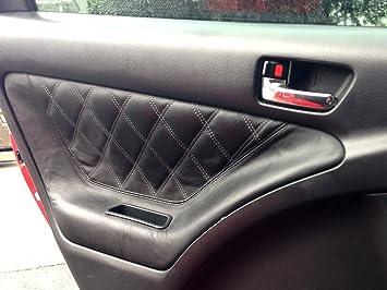 Toyota Matrix 2003-08 insercion de puertas traseras de RedlineGoods