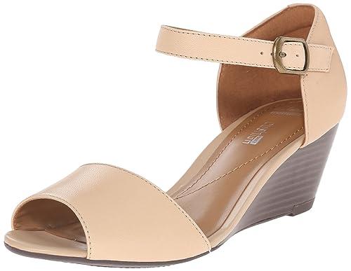 ae0a07d3943 Clarks Women s Brielle Drive Dress Sandal