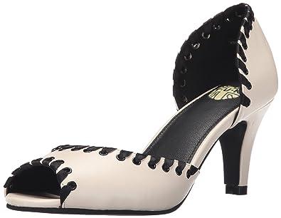 T.U.K. Women's Scalloped Button Anti-Pop Heel Dress Pump, Cream, ...