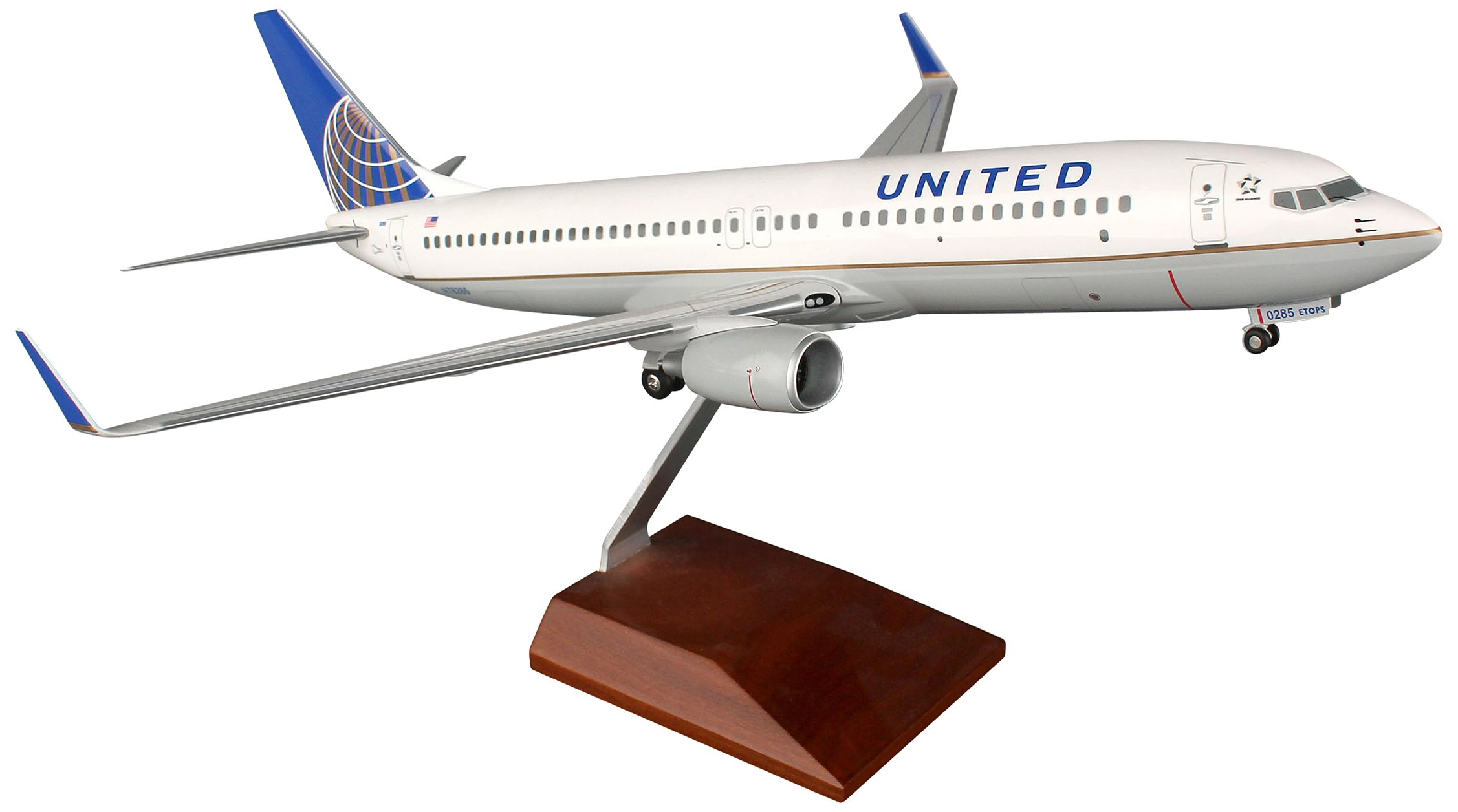 Daron Skymarks United 737-800 Post Co Merger Liver Model Kit (1/100 Scale) by Daron (Image #1)