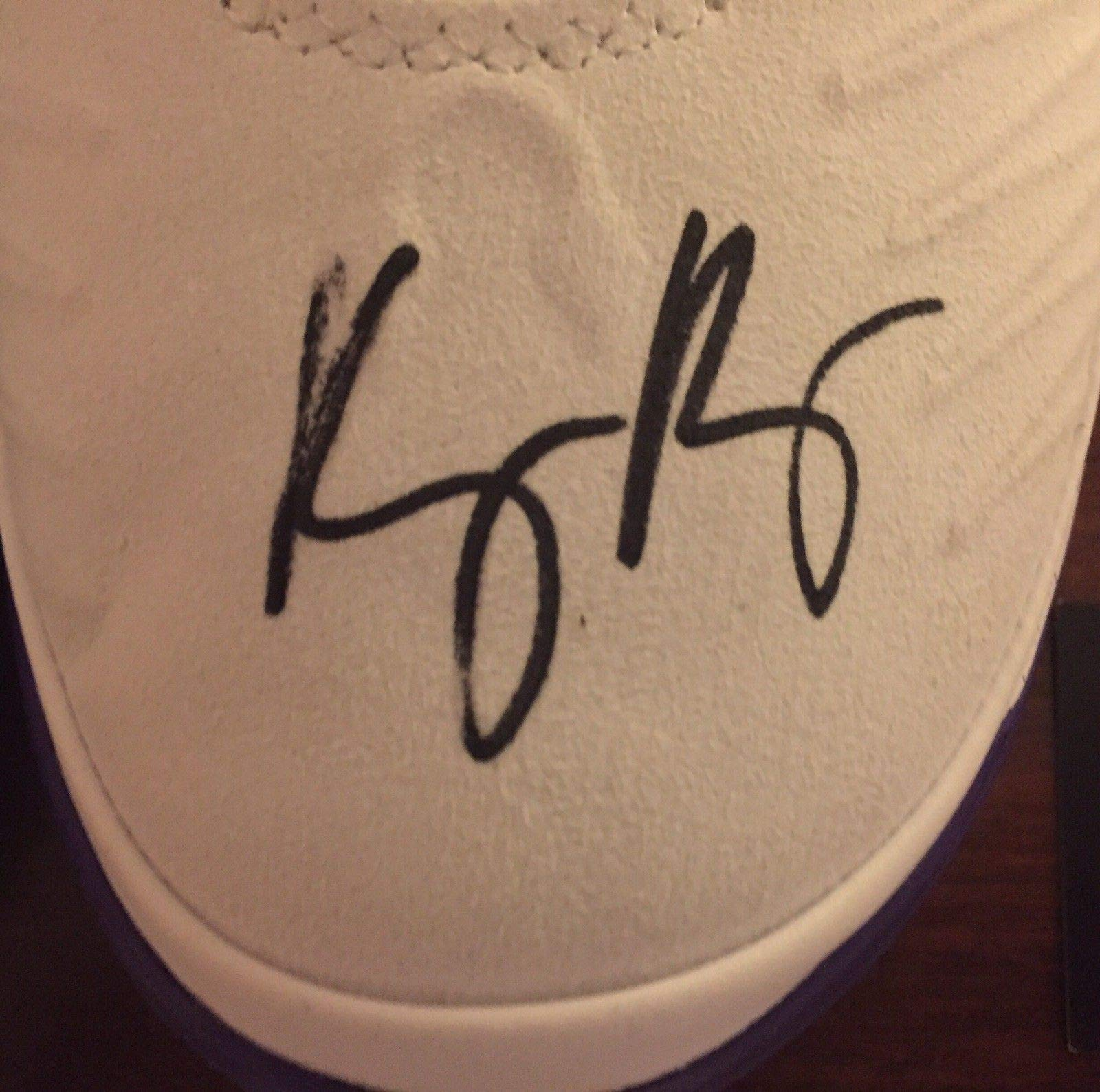 Lakers Kyle Kuzma Autographed Signed Kobe Ad Shoes Beckett Authentication Rare