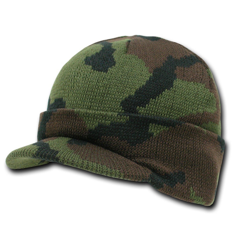 4a2f1a4f68c Amazon.com  Knit Woodland Camo Cuff Beanie Visor - Winter Wear Sports -  Green  Clothing