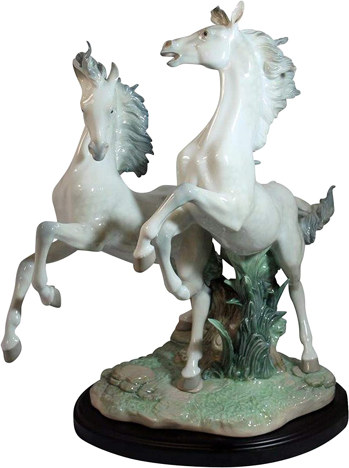 Amazon Com Lladro Free As The Wind Figurine Plus One Year Accidental Breakage Replacement Home Kitchen