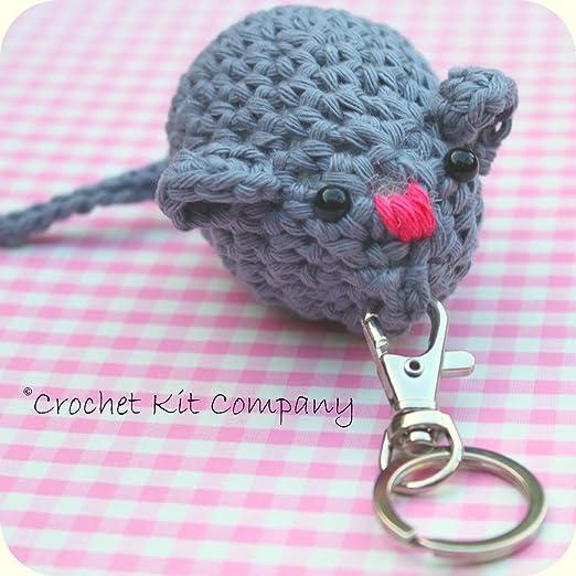 Kit para tejer de ganchillo. Llavero Amigurumi ratón Kit para tejer de ganchillo: Amazon.es: Ropa y accesorios