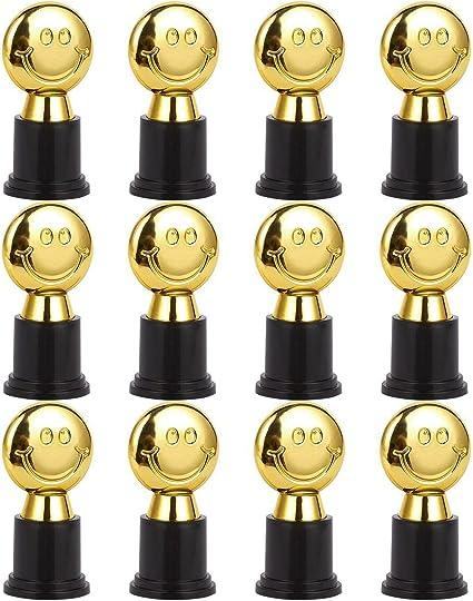 Pack de 12 Mini Trofeos – Emoji trofeos – Kids Trophy – Trofeo de plástico – trofeos para niños, oro, negro: Amazon.es: Deportes y aire libre