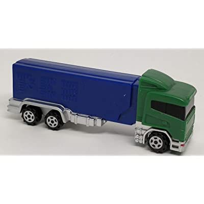 Pez Rigs Semi Truck Cabover Cab Over green truck with blue trailer Candy Dispensers: Toys & Games