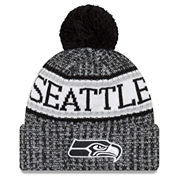 ee031c5612c New Era NFL Sideline 2018 Bobble Beanie Seattle Seahawks  Amazon.co ...