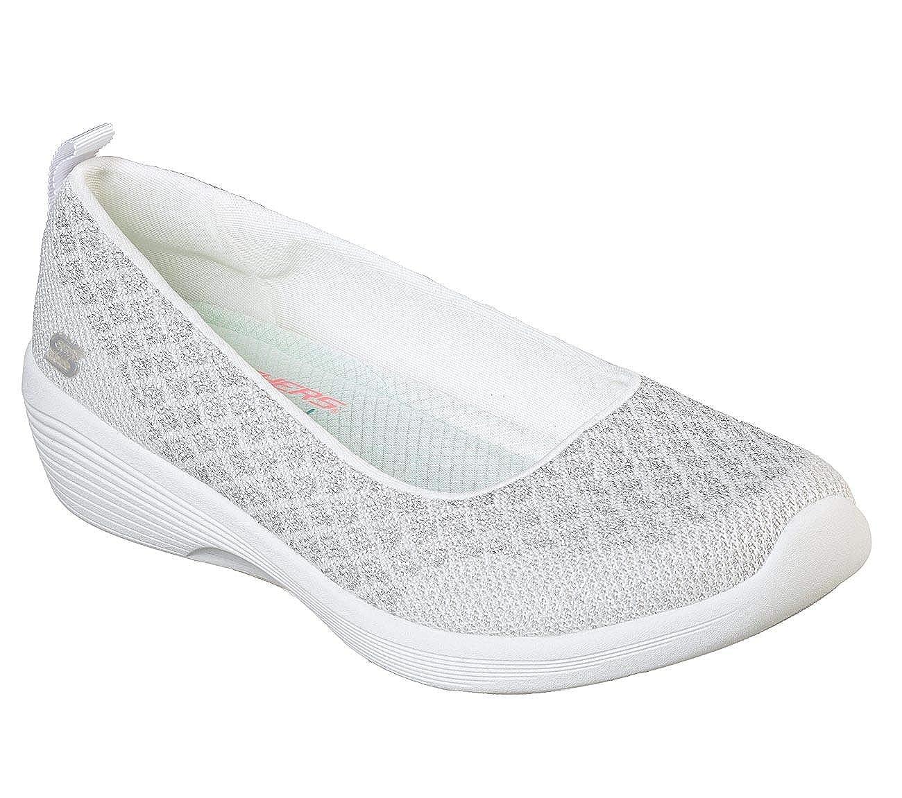 3171c95c06 Amazon.com   Skechers Arya in The Stars Womens Slip On Skimmer Sneakers    Fashion Sneakers
