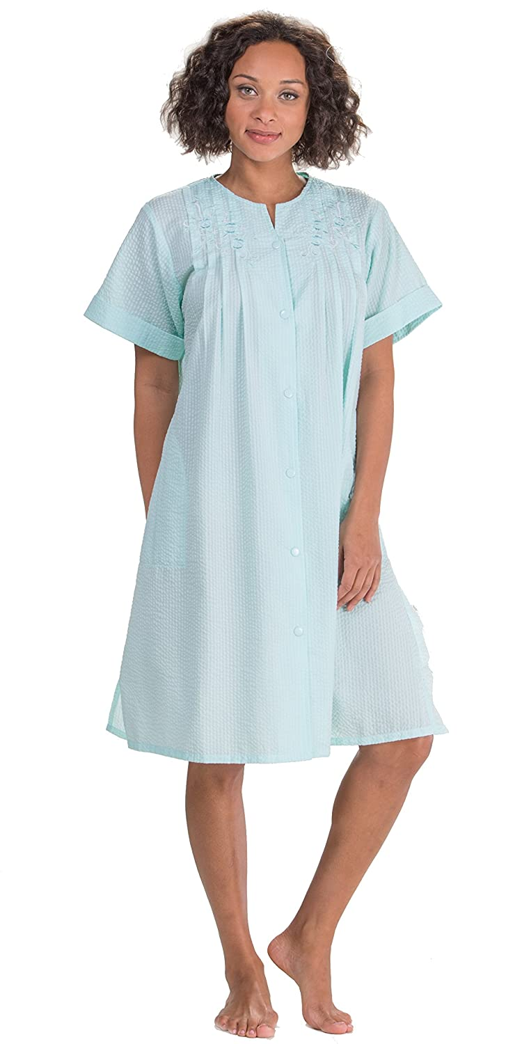 9074bf6e79 Miss Elaine Plus Robes - Short Seersucker Snap Front Robe in Turquoise at  Amazon Women s Clothing store