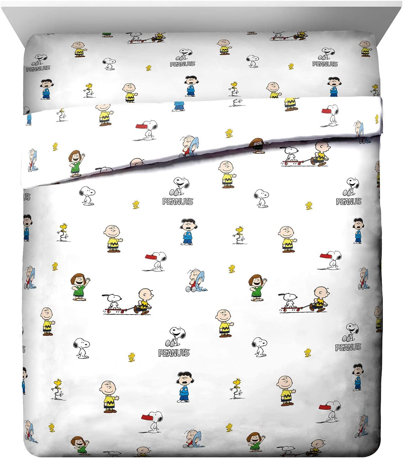 Jay Franco Peanuts Best Friends Queen Sheet Set - 4 Piece Set Super Soft and Cozy Kid's Bedding Features Snoopy & Charlie Brown - Fade Resistant Microfiber Sheets (Official Peanuts Product)
