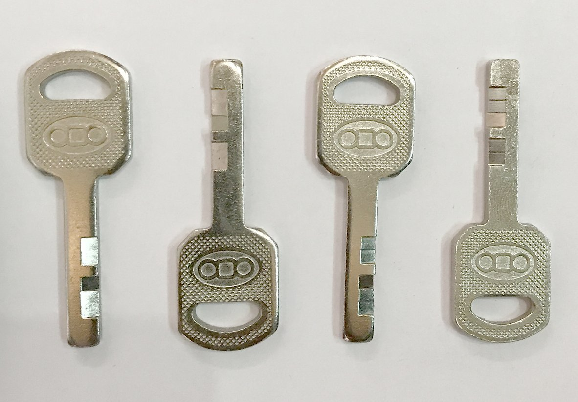 Tools Centre USA -60mm With 4 Key And 2 Brass Locks Free (3 digit) Full Stainless Steel Locks - Mandatory for US Customs (ONLY ORIGINAL BRANDED LOCK ONLINE ! by Tools Centre (Image #3)