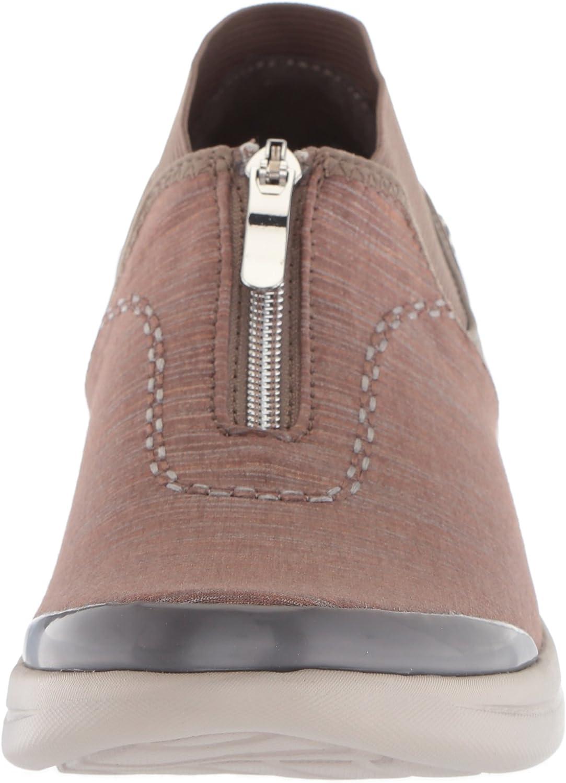 BZees Women's Fling Sneaker Brown