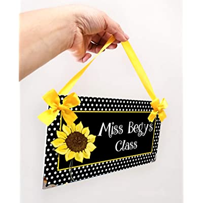 Welcome Students Teacher Plaque White Dotted Sunflower Theme, Personalized Elementary School Pre-K Teacher Name Sign: Handmade
