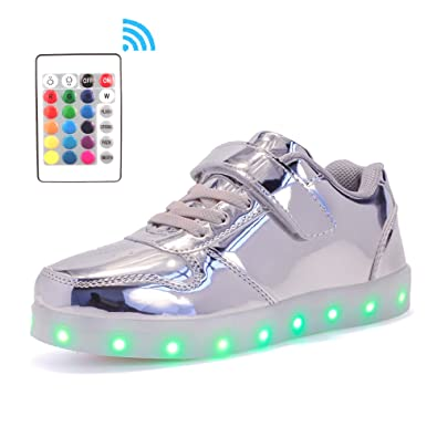 Voovix Bambini LED Light-up Scarpe con Telecomando Low-Top Lampeggiante  Sneakers con Luci b65169e059d
