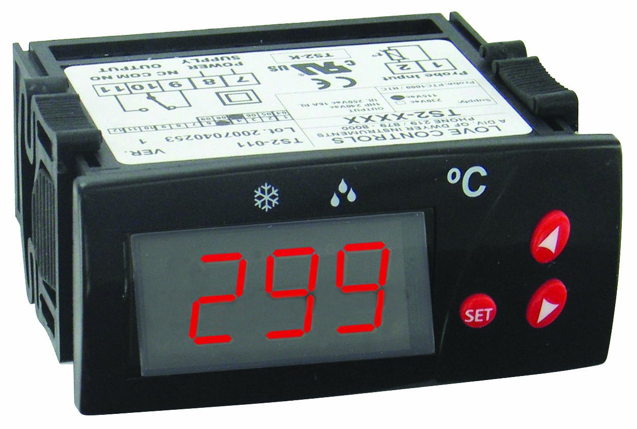 Dwyer Love Series TS2 Digital Temperature Switch, Red Display, 110 VAC Supply Voltage, °F display