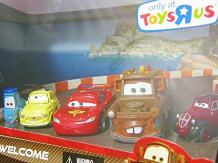 Amazon Com Disney Pixar Cars 2 Movie Exclusive Die Cast Car 5pack Porto Corsa Welcome Guido Luigi Lightning