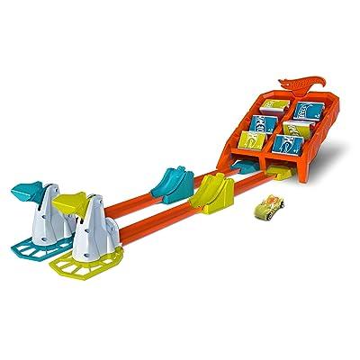 Hot Wheels Crash & Score Flip Out Set, Multicolor: Toys & Games