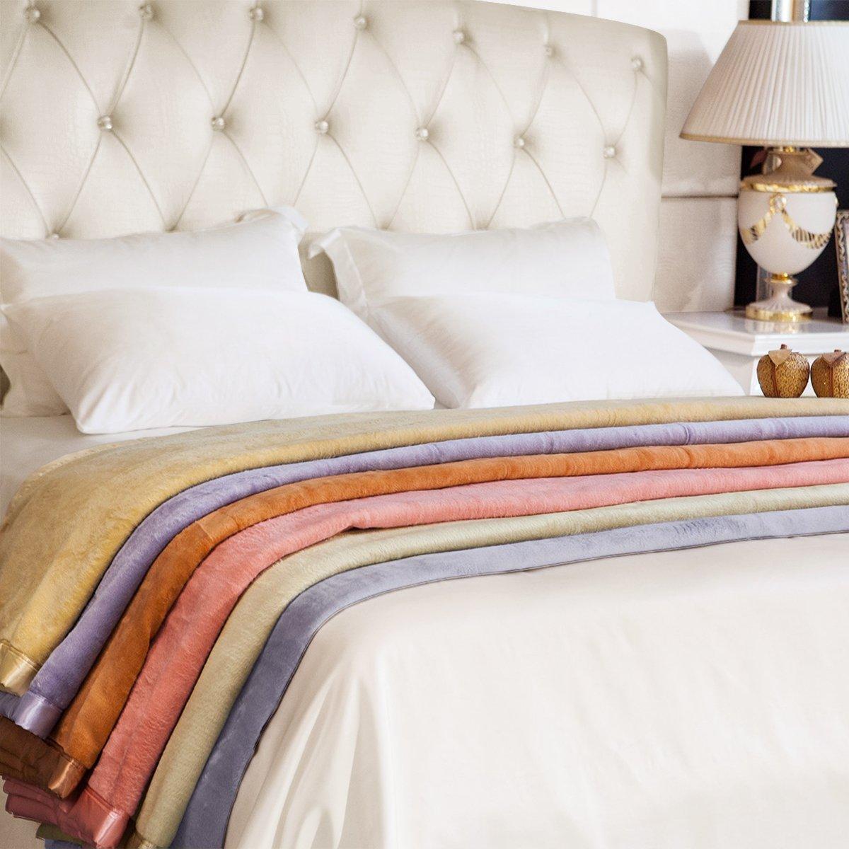 ELLESILK Pure Silk Blanket, the Highest Grade (6A) Long Fiber Silk, Comfort and Warmth, Super Soft, Ivory, Twin