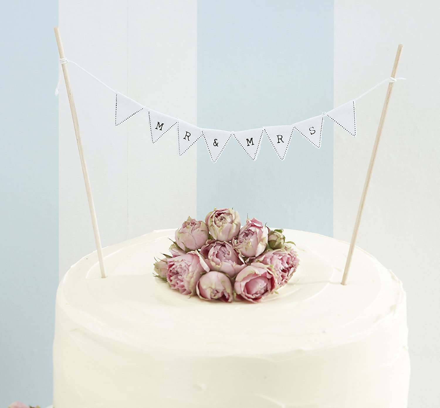 Amazon.com: Ginger Ray Vintage Mr. & Mrs. Bunting Wedding Cake ...