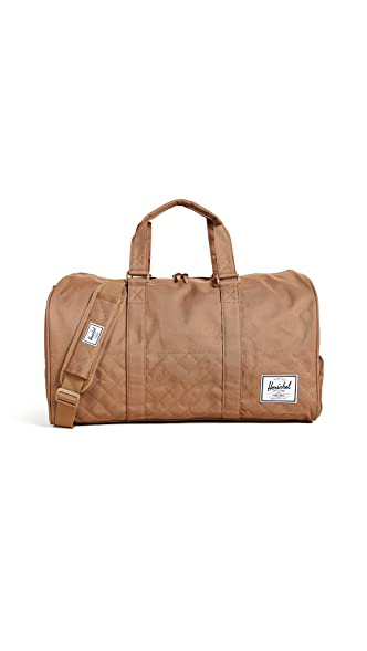 fba43843af0 Herschel Classics Strand 28.5 Litre Duffle Carry Bag Caramel  Amazon ...