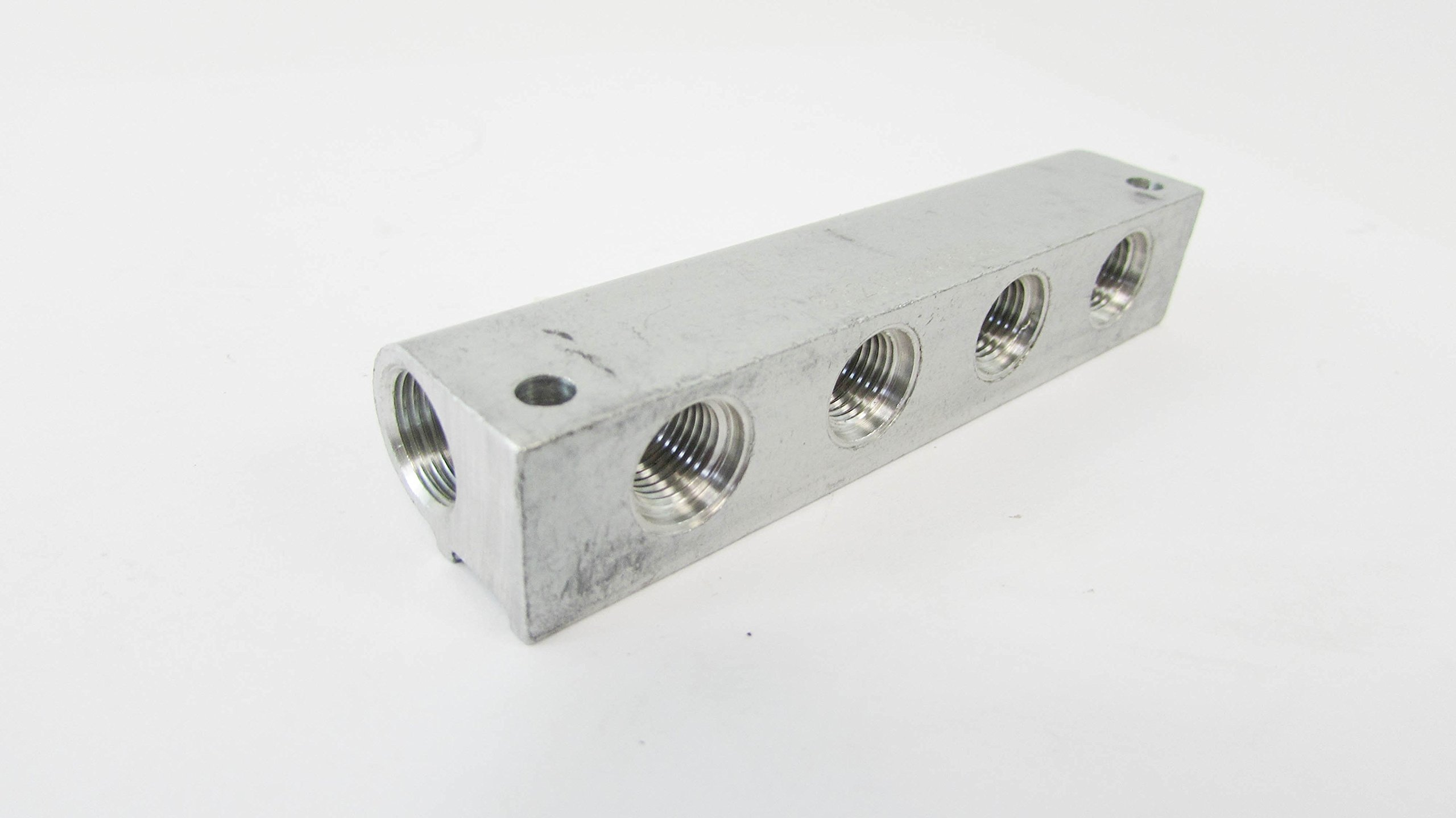 FESTO 8.32.000.008.000 0.43'' Dia To 0.34'' 4 Position Female Thread Aluminum Manifold (4/Pkg)