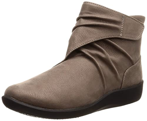 f7a1e565d084 Clarks Women s Sillian Tana Pewter Synthetic Boots-6 UK India (39.5 EU)  (91261375694060)  Buy Online at Low Prices in India - Amazon.in