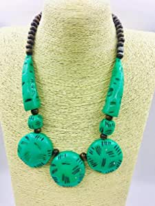 fashion inn women necklace for women . green light and brouwn