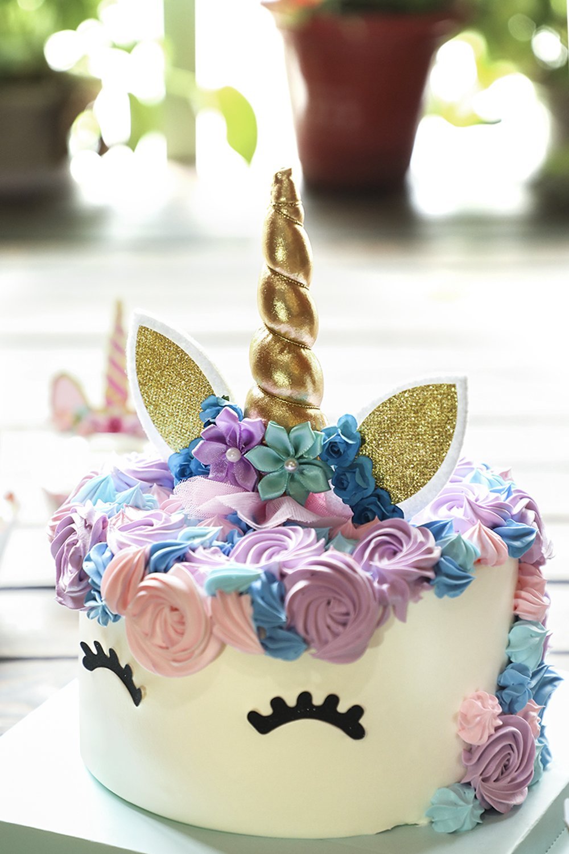 Unicorn Cake Topper with Eyelashes and Unicorn Cupcake Toppers & Wrappers - Unicorn Party Decoration Kit for Birthday, Baby Shower and Wedding by Hiware (Image #5)