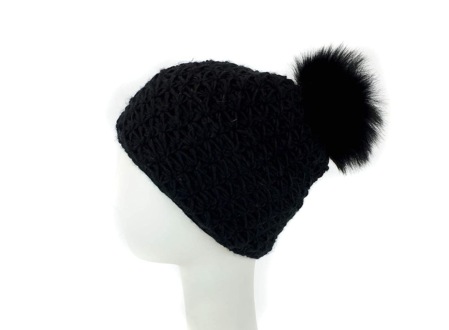7a42830a8f4 surell Handmade Starfish Knit Hat with Faux Fur Pom - Winter Ski Cap  (Black) at Amazon Women s Clothing store