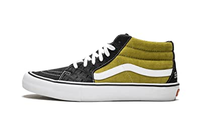 a8b73e2a538b Amazon.com  Vans Sk8-Mid Pro (Supreme)  Shoes