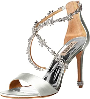 e2b4f97ae Amazon.com  Badgley Mischka Women s Finesse Heeled Sandal  Shoes