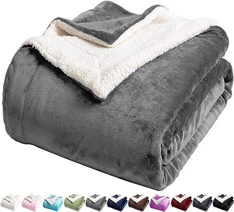 Geometric Design Super Soft Warm Cozy Plush Fleece Bed Blanket Extra Comfortable