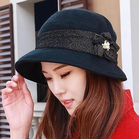 b8197f9458b Amazon.com  XINQING-MZ Hat the girl four quarter cloth cap