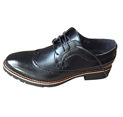 9d3919fc440c Men s Business Wing Tip Oxfords Dress Formal Brogue Lace Up Casual Leather  Shoes  Amazon.co.uk  Shoes   Bags