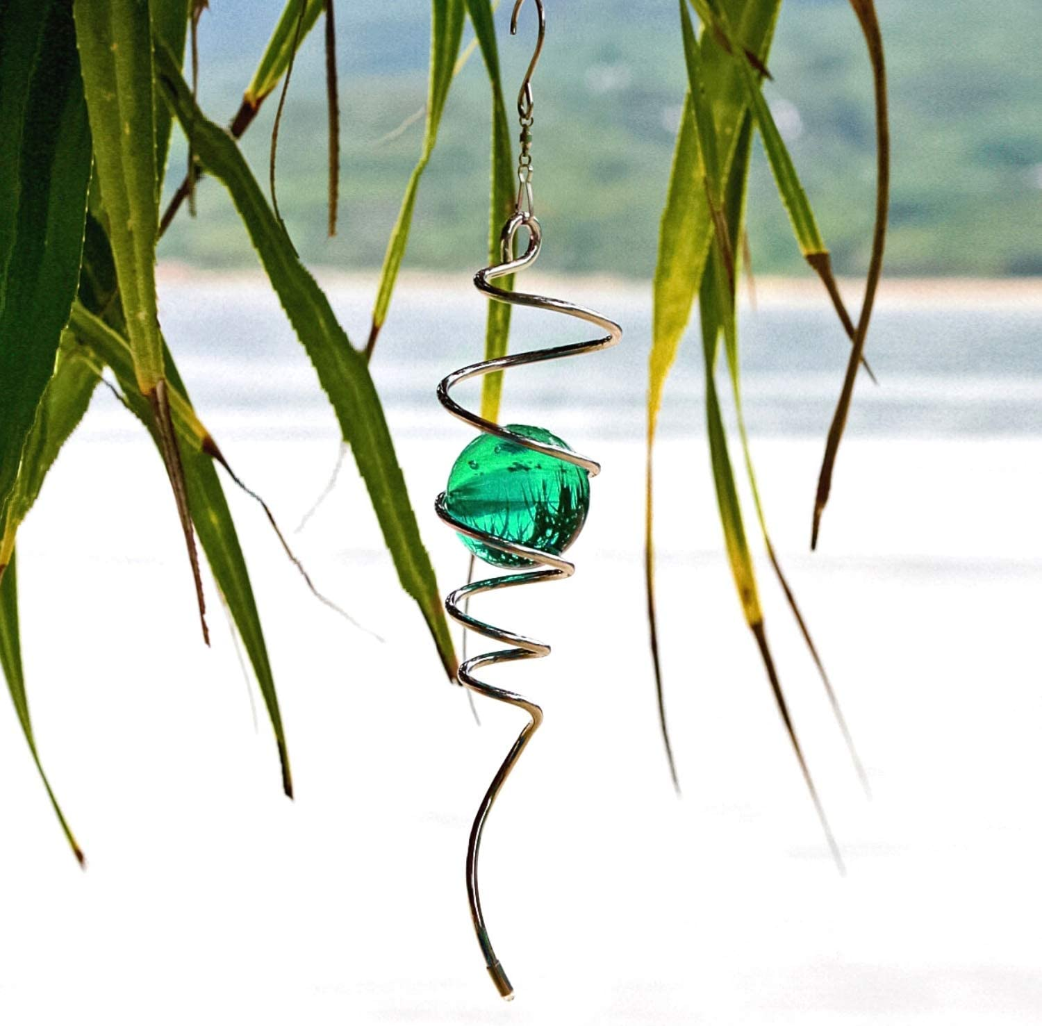 Art Jardin Wind Spinner Spiral Tail - Green Glass Helix Spiral Kinetic Ball for Hanging Wind Spinners