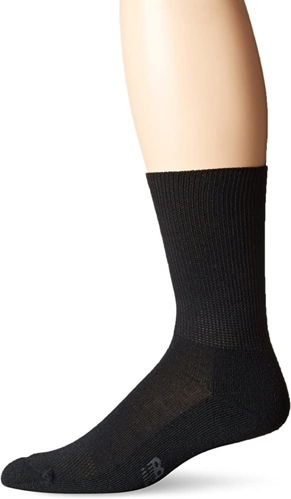 c3812b78b3c62 Amazon.com: New Balance Unisex 1 Pack Wellness Crew Socks Black Medium:  Clothing