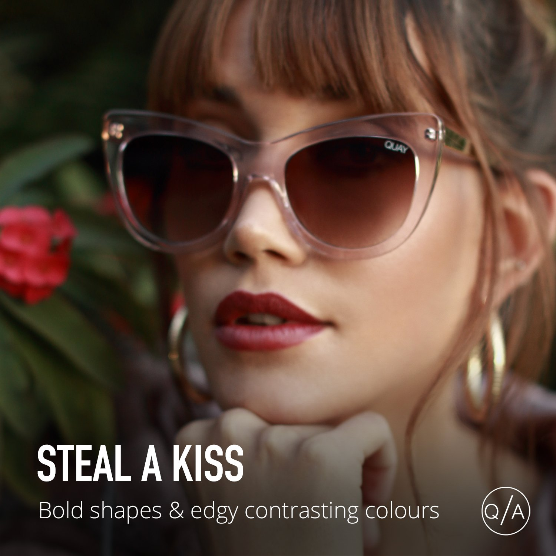 48120ccbadc Quay Australia Womens Steal A Kiss Pnk One Size  Quay Australia   Amazon.co.uk  Clothing