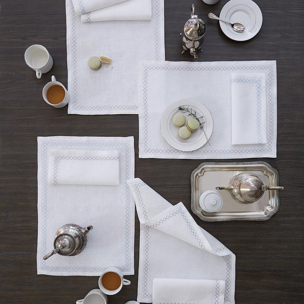 Perry by Sferra - S/4 Dinner Napkin 20x20 (White/silver)