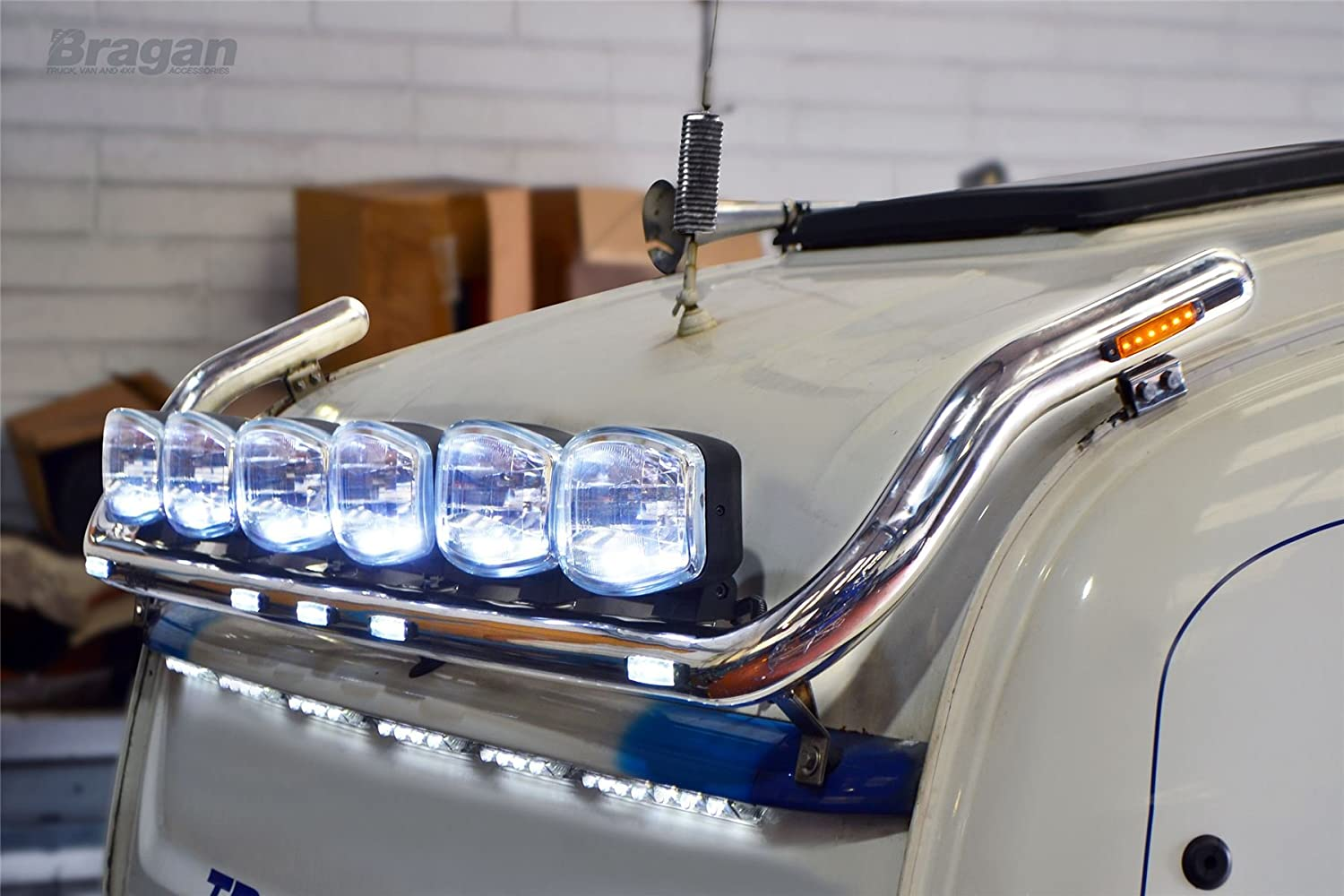 4rpg 6 series scania highline cab roof light bar led x7 4rpg 6 series scania highline cab roof light bar led x7 oval spots x6 amazon car motorbike mozeypictures Gallery