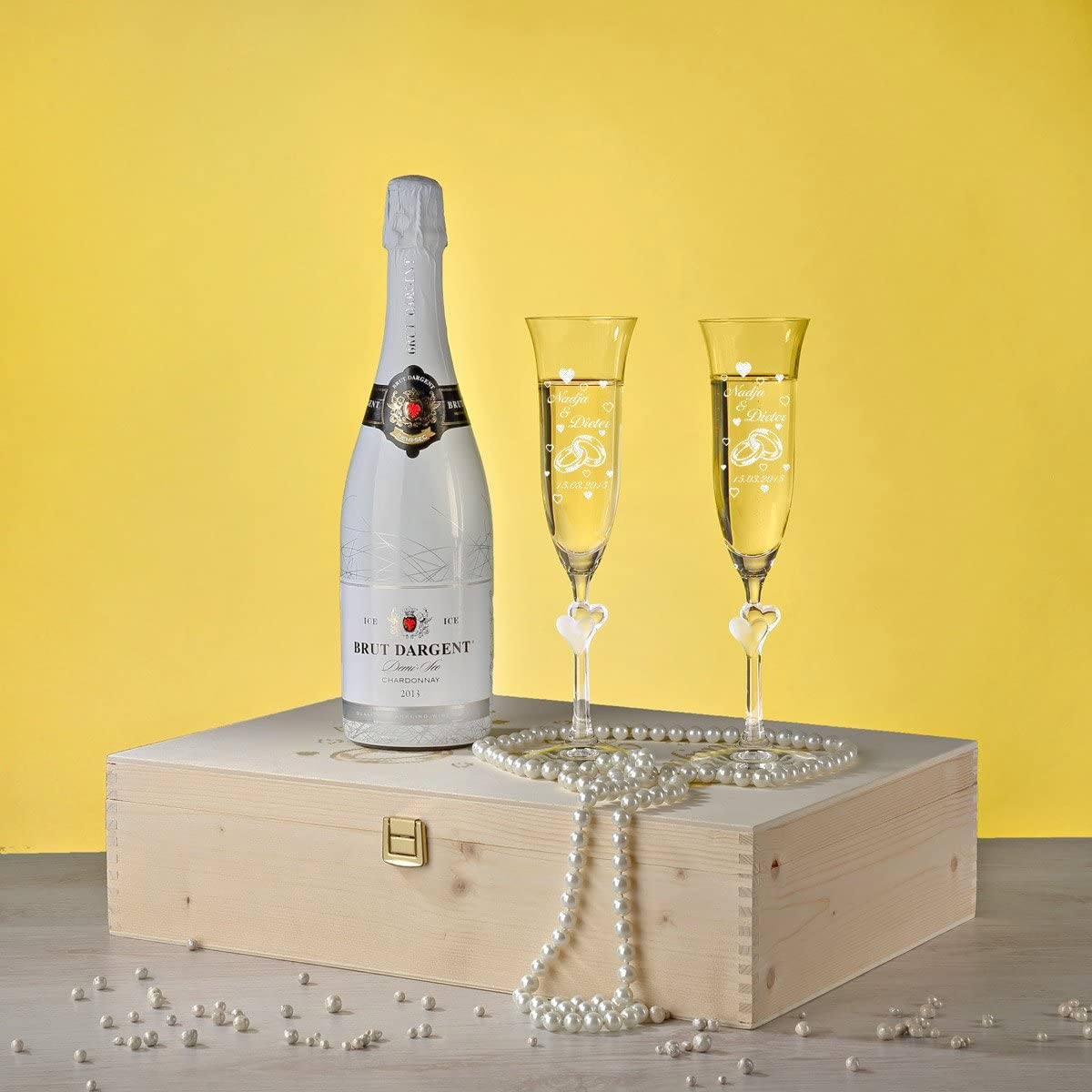 Motifs bagues avec Coeurs Ensemble Coupe /à Champagne Gravure 2 Coupes /à Champagne avec Coeurs Blancs et Bouteille de Champagne en Coffret Cadeau id/ée Cadeau pour Couple pour Mariage
