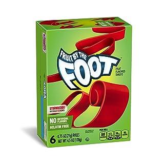 Betty Crocker Fruit Snacks, Fruit by the Foot, Strawberry, 6 Rolls, 0.75 oz Each (Pack of 12)