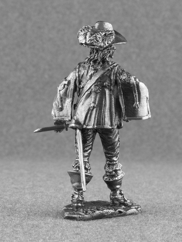 Amazon.com: Francés Royal Musketeer sin pintar de Infantería ...
